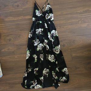 Forever 21 Black white floral slit maxi dress